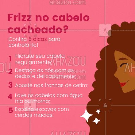 Quem tem cabelo cacheado sabe que eles têm mais tendência ao frizz. Mas é possível controlá-lo com alguns cuidados diários. Além das dicas do post, é importante manter um couro cabeludo saudável, realinhar e equilibrar o pH dos cabelos (que deve se aproximar de 4,5) também é essencial para tratar o frizz.  Salve esse post para conferir sempre que achar necessário.   #cabelos #CabelosCacheados #cuidados #frizz #AhazouBeauty  #hidratacao   #hair  #cabeloperfeito  #cabeleireiro