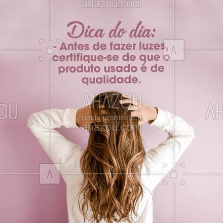 O cabelo é um dos principais responsáveis pela autoestima, então, tome muito cuidado na hora de escolher os produtos e o profissional que fará o procedimento. Assim, seus fios ficarão além de lindos, saudáveis! #AhazouBeauty #hairstylist #hair #cabelo #cabeleireiro #cabeloperfeito #luzes #cuidados #cabeloscomluzes