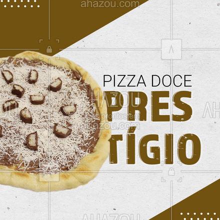 Que tal deixar sua noite ainda mais gostosa com uma pizza de prestígio? Peça já a sua!! ?? #pizza #pizzadoce #ahazoutaste #pizzadeprestígio #pizzalovers #doce