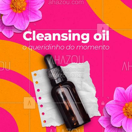 Pra usar o cleansing oil é muito simples: 1 - Aplicar o óleo na palma da mão 2 - Massagear o rosto seco com o óleo, com movimentos circulares 3 - Após a massagem, você pode lavar o rosto apenas com água ou com sabonete se preferir  Que tal? Já ouviram falar desse novo produto demaquilante? ?   #AhazouBeauty  #carrosselahz #esteticafacial #limpezadepele #skincare #mua #makeup #maquiagem