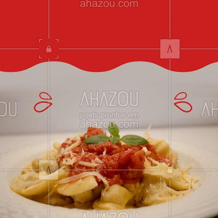 O almoço de hoje é com cheirinho de massa fresco e molho artesanal, peça agora essa explosão de sabor ? #ahazoutaste #massa #almoço #pedido #sabor #artesanal #restaurante