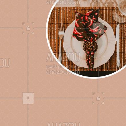 Dê um toque especial em suas refeições com mesa posta. Acompanhe nossas redes sociais e conheça nossos produtos. 💖 #AhazouFashion  #fashion #tricot #costureira #mesaposta #jantar