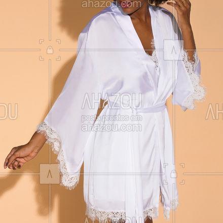 Delicado, confortável e lindo, esse é o nosso robe Loungewear. Ele é a peça #musthave para te deixar comfy e linda ✨ . Robe Em Cetim Loungewear ref.136902 ⠀ ⠀ . #liebelingerie #lingerie #loungewear #camisola #robe #outwear #ahazouliebe #ahazourevenda