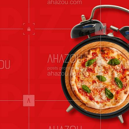 Não tem hora para comer uma pizza saborosa.? Peça já a sua! #pizza #food #pizzalover #ahazoutaste #pizzatime #delivery #pizzeria #pizzalovers #delicious #pizzaria #pizzalife #ahazoutaste