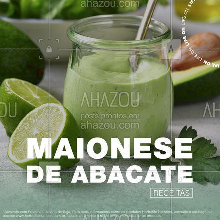 Além de ser saborosa, a maionese de abacate é fácil e prática de fazer. Que tal essa deliciosa combinação? ??⠀ _⠀ Ingredientes ✅⠀ _⠀ -1 colher de sopa rasa (6g) de Protein Powder*⠀ -1 colher de sopa rasa (5g) de Fiber Powder**⠀ -1 medida de Herbalife 24® Glutamina(5g)***⠀ -½ abacate⠀ -Suco de 1/2 limão⠀ -½ dente de alho⠀ -2 colheres (sopa) de azeite extra virgem⠀ -Sal (a gosto)⠀ -Pimenta do reino (a gosto)⠀ _⠀ Modo de preparo ✅⠀ _⠀ Coloque todos os ingredientes num liquidificador ou mixer e bata até ficar homogêneo. Ajuste o alho ou o limão, se necessário.⠀ _⠀ Rendimento: 5 porções⠀ Informações nutricionais (por porção)⠀ Valor energético: 112kcal⠀ Proteína: 2,7g⠀ Fibras: 4,0g⠀ Carboidratos: 3,5g #ahazouherbalife #ahazourevenda