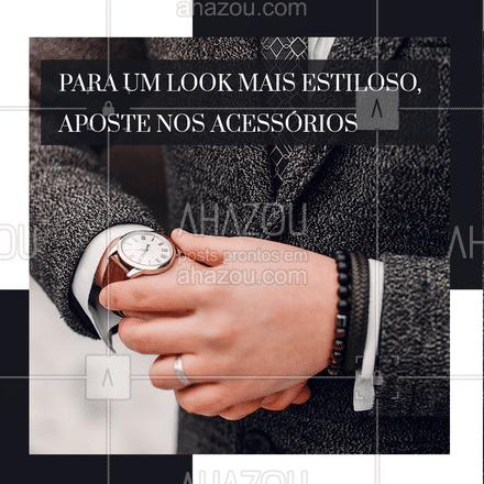 Para deixar seu visual ainda mais estiloso, aposte nos acessórios, como anel, relógio e pulseiras.  Mas atenção: não utilize todos os acessórios em uma mão só, para não sobrecarregar o look.  Por exemplo: coloque o relógio em um pulso e no outro use as pulseiras. Assim você vai deixar o visual mais equilibrado. ?    #ModaMasculina #acessórios #fashion #dica #ModaParaHomens #AhazouFashion #menswear #estilo