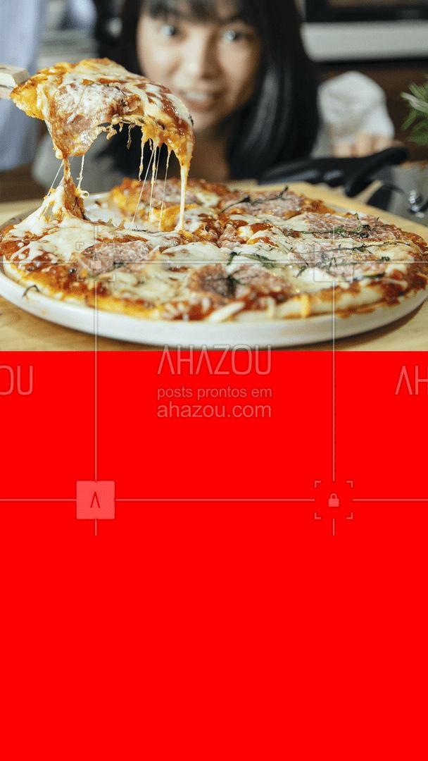 A felicidade vem em forma de pizza e a gente pode provar haha, já deixou o seu dia mais feliz com uma de nossa pizzas? 🍕 #ahazoutaste #pizza #pizzaria #feliz #pedido #convite #pizzas #recheios