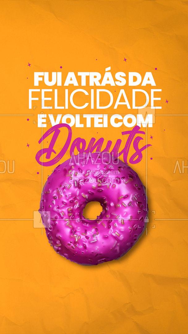 Já viu alguém comendo donuts triste? ?? Faça sua encomenda! ? (XX) (XXXX-XXXX) #ahazoutaste #confeitaria #confeitariaartesanal #doces #donuts #ahazoutaste