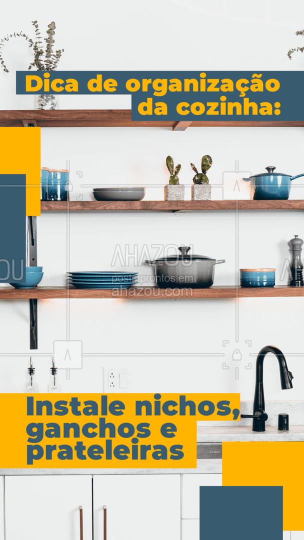 Para deixar sua cozinha organizada e com uma decoração bem legal, invista em nichos, prateleiras ou ganchos que podem ser usados para guardar os utensílios de cozinha que são usados com maior frequência e também para guardar eletrodomésticos que ficam bonitos na decoração. Você tem nichos ou prateleiras na sua cozinha? Me conta!📢🤗 #dicas #dicasdeorganizaçãoparaacasa #cozinha #casa #bemestar #saude #viverbem #AhazouServiços