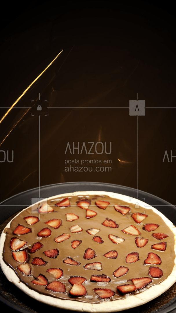 Não fica na vontade. Peça a já a sua pizza. ?? #pizzadoce #food #doce #pizzalover #ahazoutaste #pizzatime #delivery #pizzeria #pizzalovers #delicious #pizzaria #pizzalife #ahazoutaste