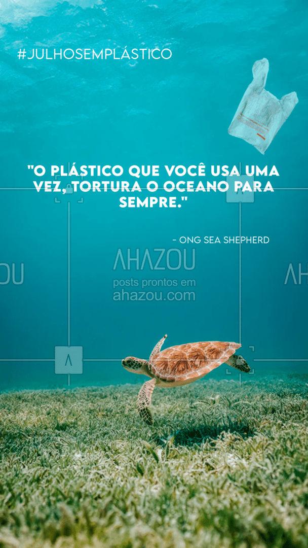 Com certeza você já viu e ouviu algum caso de animal marinho sufocado por sacos, canudos ou outros itens plásticos. Todos os dias consumimos diversos produtos que vem com plásticos de uso único, ou seja, que você usa apenas uma vez e descarta. Pensando nos animais marinhos e no planeta, que sofre mais 400 anos com aquele plástico, te desafiamos a viver um mês consumindo menos plásticos!   #julhosemplastico #meioambiente #ahazou #eco #sustentabilidade #vidamarinha