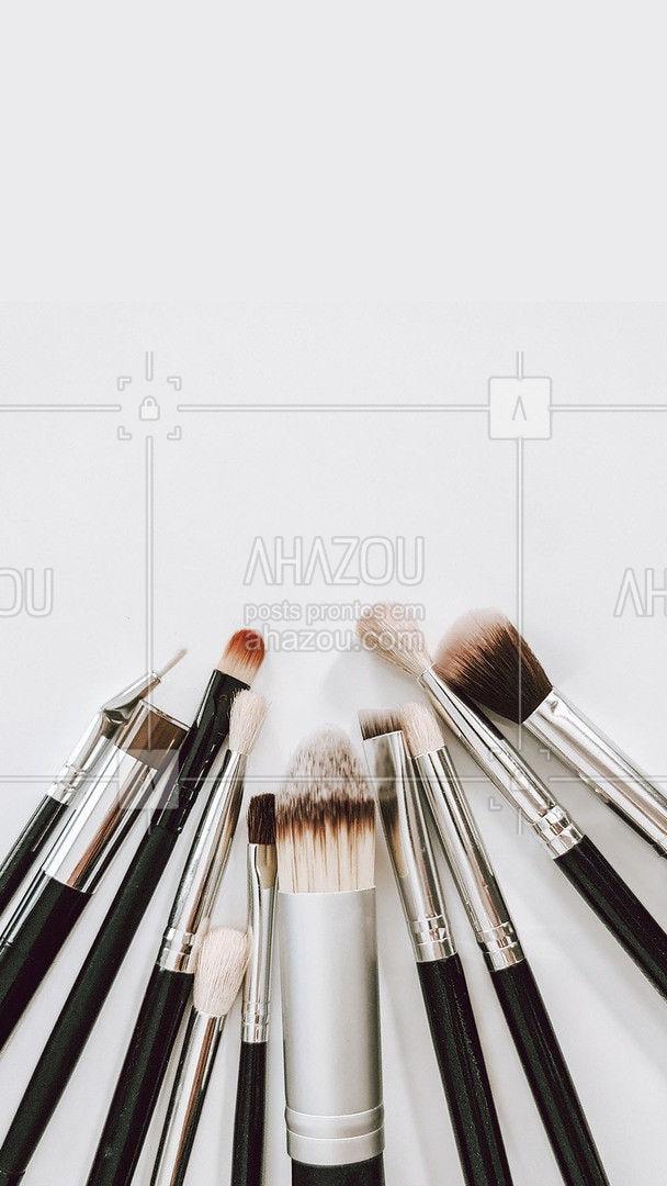 Os melhores maquiadores estão aqui prontos para te atender. Marque seu horário através do numero xx xxxxx-xxxx  #AhazouBeauty  #makeup #maquiagem #maquiadora #makeoftheday