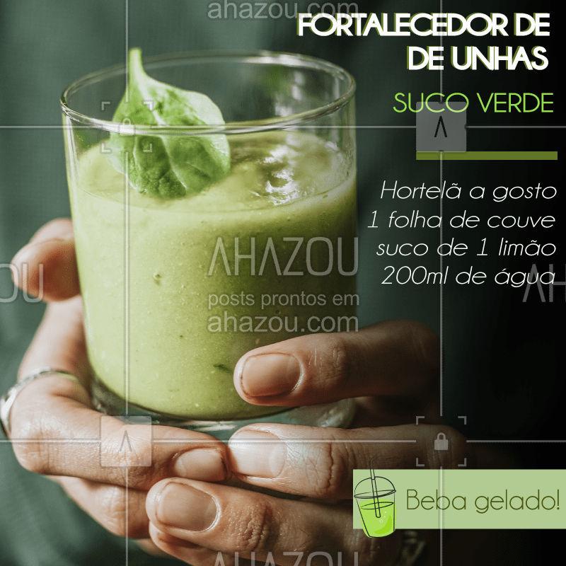 Anda com as unhas quebradiças nesse verão?  Tomar nosso #sucoverde com regularidade ajuda no fortalecimento das unhas! Isso porque a couve é rica em magnésio, ajudando o cálcio a se fixar nos ossos, unhas e dentes . Experimente!  #vidasaudável #sucodobem #juice #healthlife #belezanatural #verao2019 #veraodobem #saude #almasolar #sol #vitaminas #ahazou #beauty #braziliangal #brazilianfruit #brazilianjuice #perfectbody #perfecthair #perfectnails #sun #summer #verano #vacation