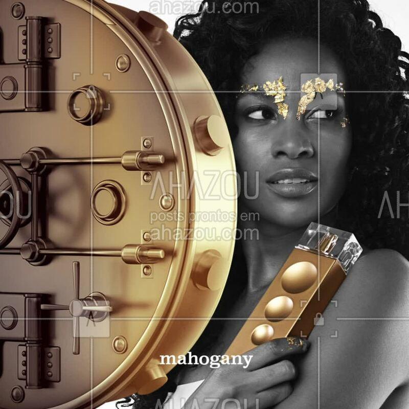 Sinta-se envolver. Make Me Fever Gold é a fragrância que captura a intensidade da mulher elegante. #mahogany #ahazoumahogany