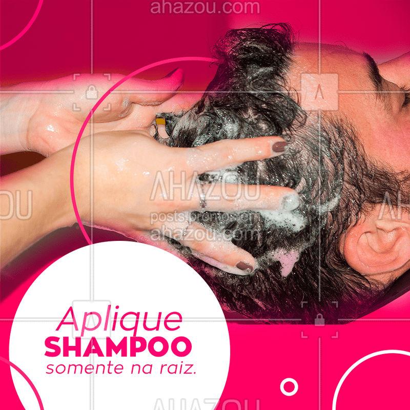 Um dos erros mais comuns é aplicar o shampoo nas pontas do cabelo, que já têm pouca oleosidade e são naturalmente mais ressecadas, se comparadas com a raiz. Por isso, o ideal é colocar o shampoo no couro cabeludo e deixar que a espuma formada escorra e limpe o comprimento dos fios!  #dicas #ahazou #cabelos #shampoo