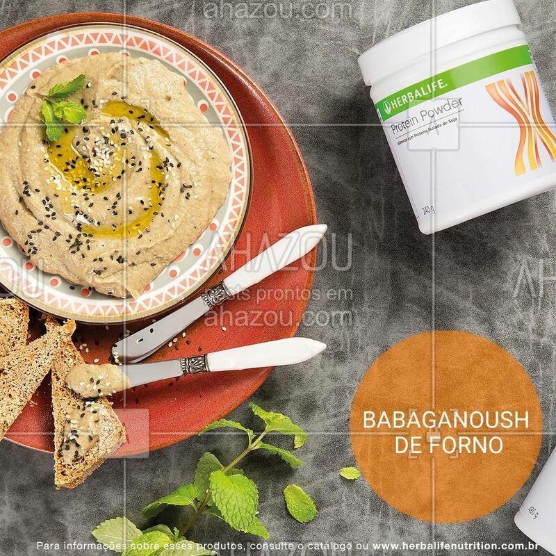 Que tal preparar um Babaganoush de forno pra dividir com os seus amigos? Adicionamos o Protein Powder para garantir que a sua refeição tenha mais proteína. Vem conferir o que você vai precisar para fazer essa receitinha! ?    • 2 berinjelas • 4 dentes de alho • 1 colher (sopa) de gergelim (tahine) • 1 colher (sopa) de suco de limão • 1 e ½ colher (sopa) de Protein Powder • 1 colher (sopa) de azeite • 1 colher (chá) de gergelim torrado • folhas de hortelã para decorar • sal à gosto.  MODO DE PREPARO: embrulhe os dentes de alho em papel alumínio. Faça furos com um garfo na berinjela, coloque-as em uma assadeira com o alho e leve ao forno pré-aquecido a 200ºC. Asse por cerca de 40 minutos. Retire-as do forno e raspe a polpa das berinjelas com uma colher (retire ligeiramente as sementes). Adicione o tahine, o suco de limão, o alho assado, o Protein Powder, o azeite e processe com um mixer. Deixe gelar por duas horas. Antes de servir, salpique o gergelim e as folhas de hortelã por cima.  #herbalife #ahazouherbalife #saude #receita #fitness