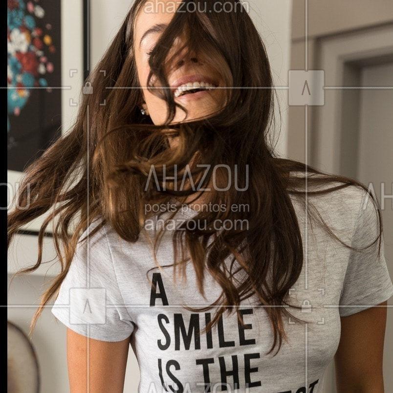 A SMILE IS THE...prettiest thing you can wear. Sentir o corpo, sorrir também por dentro e se sentir muuuuito confortável {aruba} #jogelingerie #pijamas #homewear #conforto #ahazourevenda #ahazoujoge