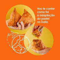 """Por lá, os """"pastéis"""" são as samosas (também chamadas de samusa ou chamuça), um salgado com formato triangular que pode ser frito ou assado. Como o pastel brasileiro, a samosa aceita uma infinidade de recheios.?? Já experimentou?  #ahazoutaste #pastel #curiosidade #origem #Samosas  #pastelaria  #amopastel  #pastelrecheado"""
